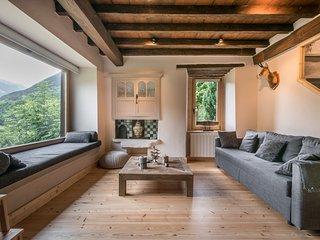 MONTLUDE (GESSA) Preciosa Casa Aranesa Totalmente Reformada