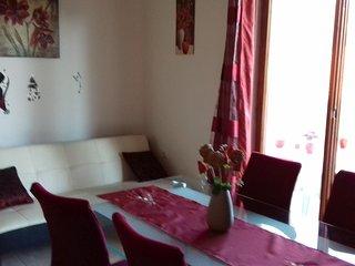 Two bedroom apartment Grebastica, Sibenik (A-16150-b)