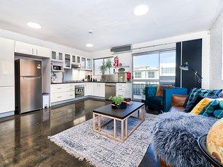 Large 5 bedroom Stunner in Brisbane City