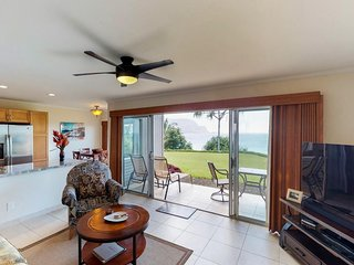 NEW LISTING! Remodeled condo w/ocean & mountain views, shared hot tub & pool