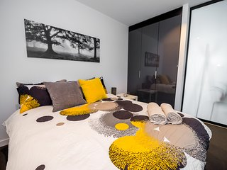 COSY CBD Suite, SOUTHERN CROSS + POOL + FREE WiFi