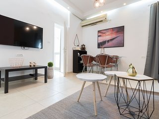 Charming 2 Bedroom - Best Location in Jerusalem