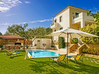 Superb Villa Georgia - Full Privacy - Private Heated Pool&Jet Tube !!!