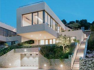 Exceptional Design Villas – Soul Sisters Luna