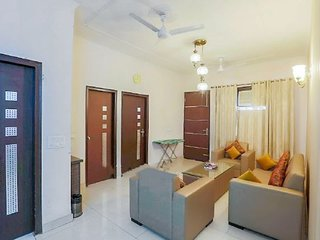 Modish 2 BHK, ideal for a small group