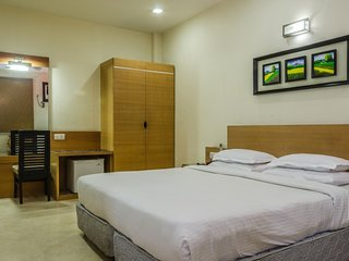 Pleasant guesthouse room for 3
