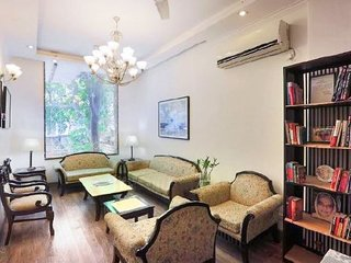 Elegant 3 BHK near AIIMS, ideal for a group stay