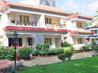 Pet friendly stay for three, 150 m from Calangute beach