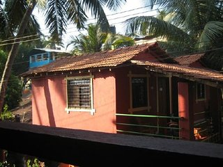 2 BR Uber Comfy Apartment in Siolim,Near To Anjuna Beach
