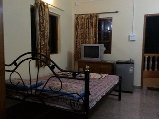 Restful room for 3, near Calangute Beach
