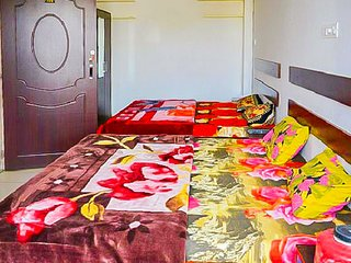 1-BR stay near Bagore Ki Haveli