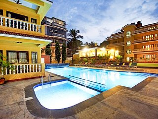 Opulent stay only 550m from beach front
