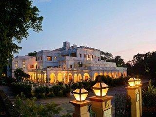 Elegant Raja Baba Ala Singh Palace room