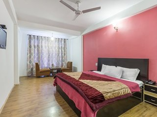 Reposeful accommodation for 3, close to Beas River