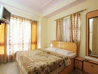 Boutique stay near The Mall