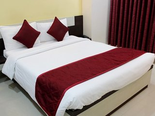 Well-appointed room, ideal for a tranquil stay