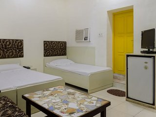 Stay for 3 near Purana Qila