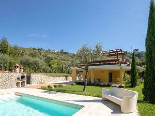 5 bedroom Villa in Avenza, Tuscany, Italy : ref 5227087
