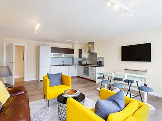 Impressive 3-bedroom apartment in Grand Canal Dock