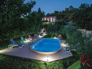 4 bedroom Villa in Kucice, Splitsko-Dalmatinska Zupanija, Croatia : ref 5562157