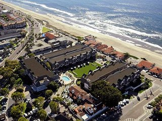 Carlsbad Inn Resort ~ 1 BR Luxury Condo ~ Oceanside Family Fun ~ Events Welcome!