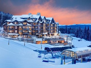 Luxe, Ski-In/Out Grand Colorado Peak 8 - 3 night min from DEC15-22 or JAN12-19