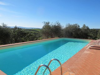 3 bedroom Apartment in Lilliano, Tuscany, Italy : ref 5655939