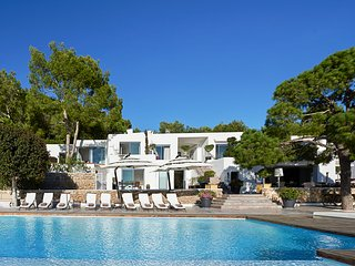 6 bedroom Villa in Playa de Talamanca, Balearic Islands, Spain - 5680785