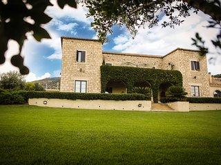 Sardegna Borgo Antico XIX Sec. Villa Lussuosa in Sardegna