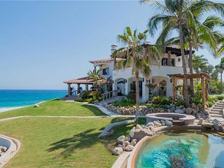Stunning Luxury Beachfront Estate in the East Cape - Villa Bellamar
