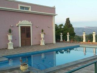 Villa Fiore p. t. con piscina - wi-fi