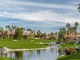 Marriott Desert Springs Villas I Guest Room Sleeps 2 - 4