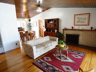 Spacious Mid-century Mossman Home Preview listing