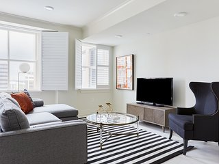 Classic 2BR-A on Canal Street by Sonder