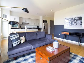 Sleek 2BR in South End by Sonder
