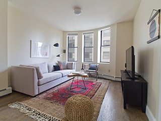 Classic 2BR in Financial District by Sonder