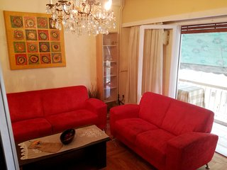Spacious apartment close to the center of Athens with Internet, Washing machine,