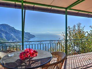 Ravello Villa Sleeps 4 with Pool Air Con and WiFi - 5228308