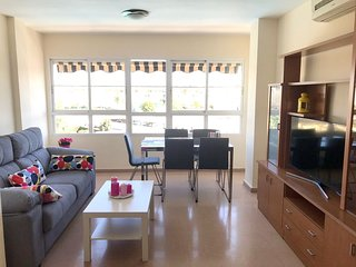 Spacious apartment in Malaga with Lift, Parking, Internet, Washing machine