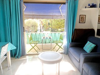 Cozy apartment in the center of Cannes with Parking, Internet, Washing machine,