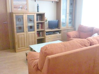 Spacious apartment in the center of Granada with Parking, Internet, Washing mach