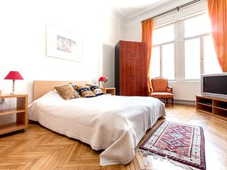 Apartment 1 km from the center of Budapest with Internet, Lift, Terrace, Balcony