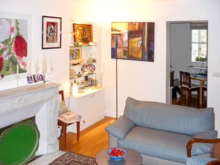 Apartment 1.1 km from the center of Paris with Internet, Washing machine (918795