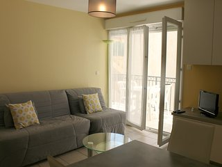 Provencal 1 Bedroom in Luxurious Residence