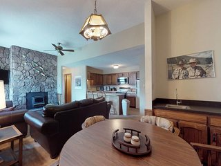 NEW LISTING! Dog-friendly condo w/ jet tub, deck, stone fireplace & slope views