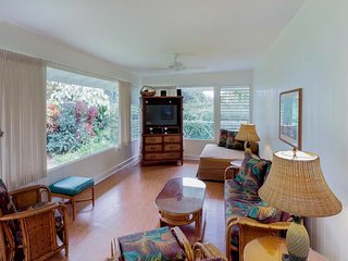 NEW LISTING! Hanalei Bay beachfront single-level house with amazing location