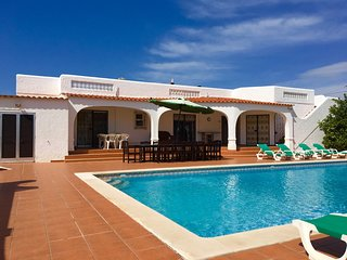 Villa Brisa - villa with heatable pool and aircon near Carvoeiro.