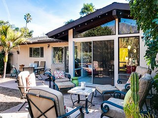 3BR Orchard Estate w/ Fire Pit - 5 minutes to Beach