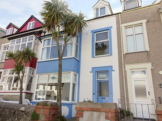 BEACHGETAWAY, pet-friendly, luxury holiday cottage, with a hot tub in