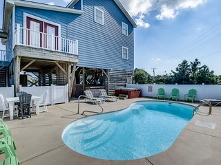 Pelican's Paradise | 150 ft from the beach | Private Pool, Hot Tub | Nags Head